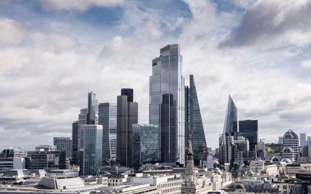 22 Bishopsgate City of London skyline