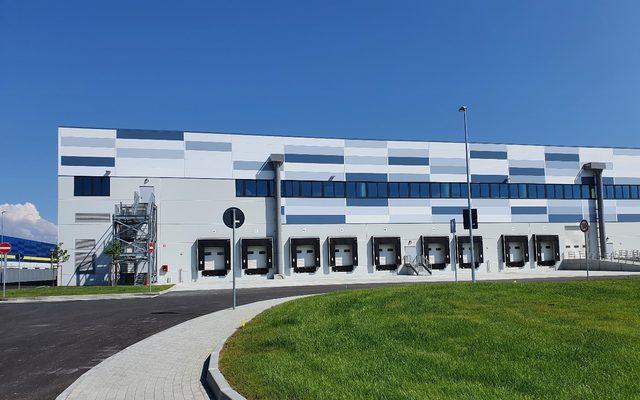Warehouse; exterior; blue sky